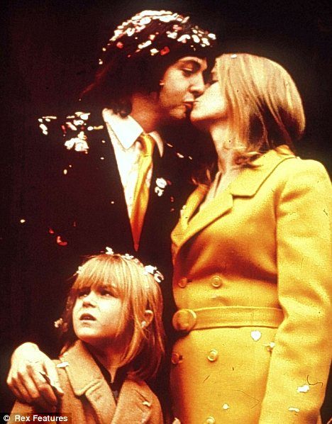 Paul McCartney and Linda.