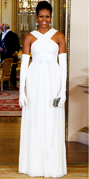 Michelle Obama wearing long white gloves