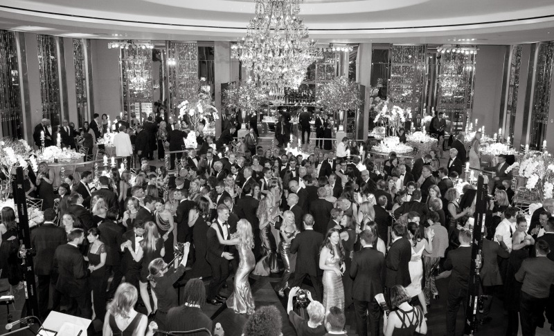 full room dancing black and white - Copy